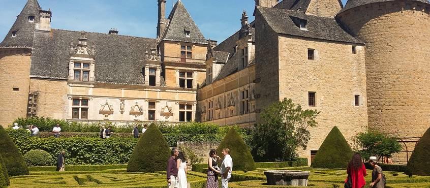 Jardins et château Montal © Lot Tourisme - A