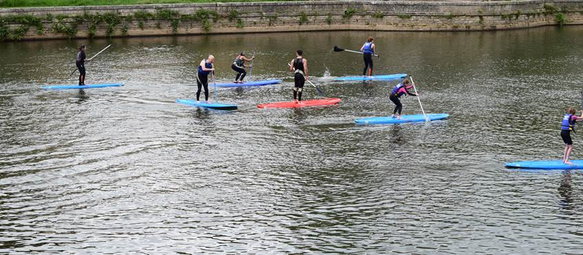 Initiation au paddle en groupe