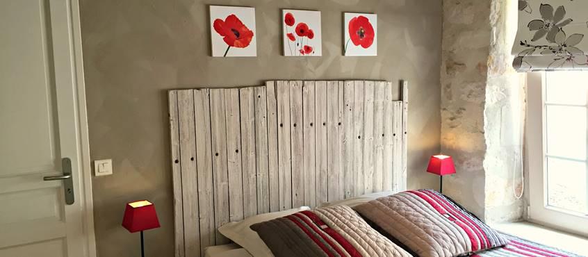Chambre confortable, avec un grand lit de 160