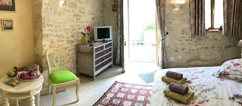 Chambre avec entrée indépendante et terrasse privée