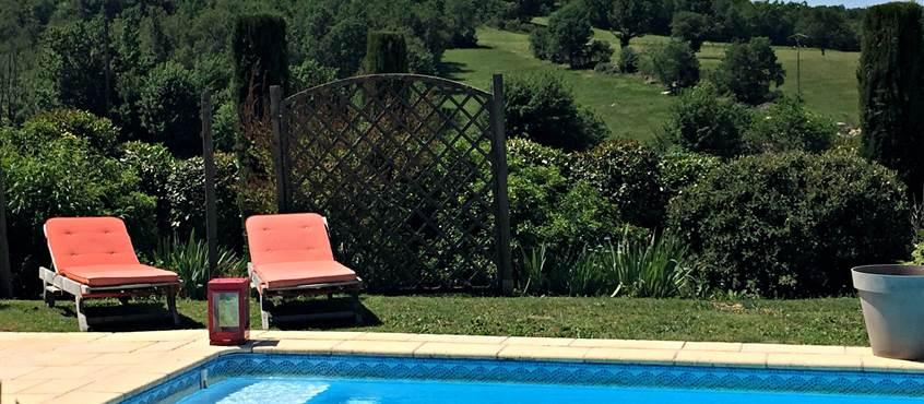 Une piscine où il fait bon se détendre