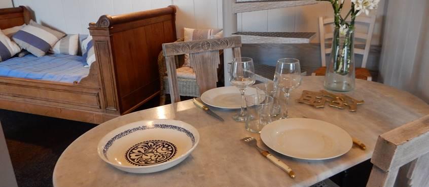Intérieur de Cassiopée, pour un dîner aux chandelles
