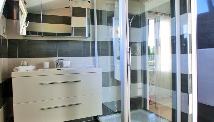 Salle de bain chambre Renecros