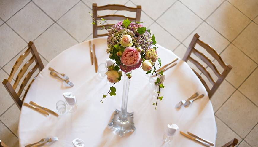 Une table est réservée pour vous, restaurant La Ferme Saint-Michel