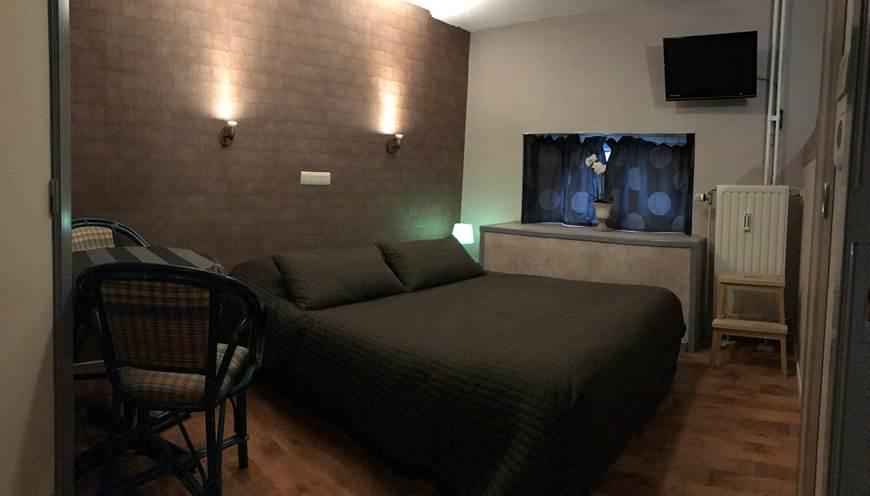 Vue panoramique de cette chambre 4 Double pour bien se rendre compte de sa description mais pas de sa dimension.