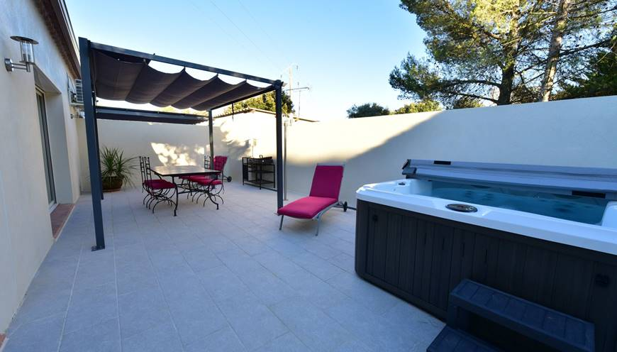 villa RIVIERA - terrasse - privative-spa-sommieres