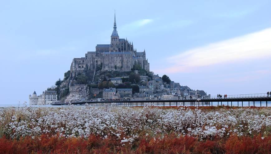 Rejoignez le Mont Saint-Michel par la nouvelle passerelle