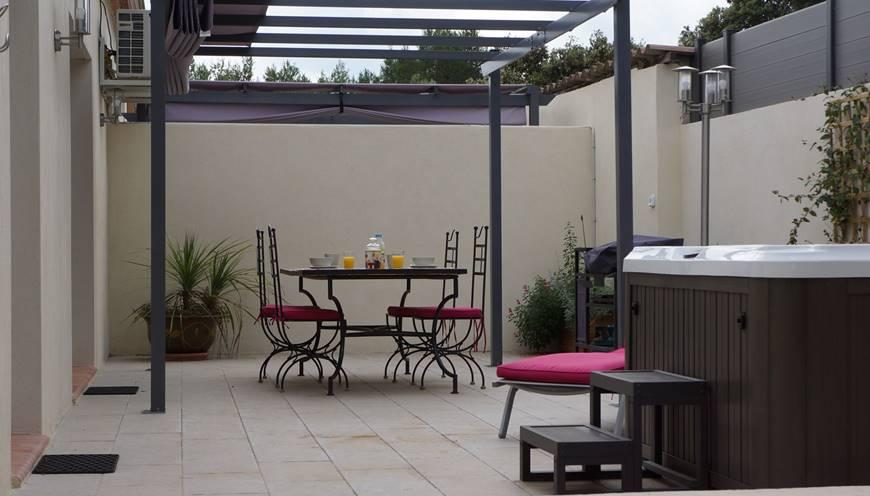 villaRIVIERA-casadina-gites-holidayreantrls-locations-sommieres