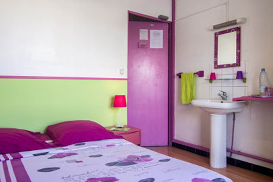 lavabo dans la chambre