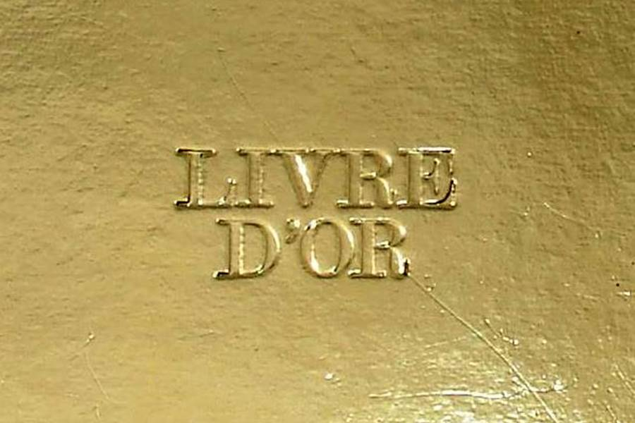 LIVRE-D-OR