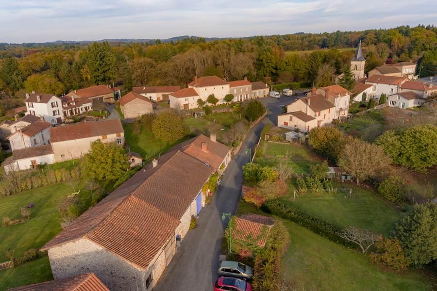 Pensol - Haute Vienne - PNR Périgord-Limousin - La Vieille maison de Pensol