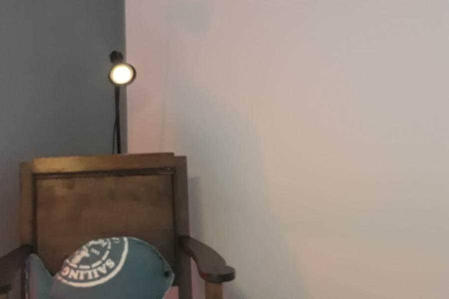 BB-A-Quiet-Place-fauteuil-salon-chambre2
