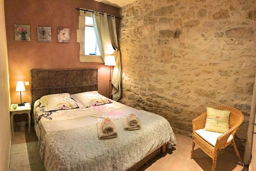 Murs en pierre et peints à la chaux, gîte 3 épis Gîtes de France