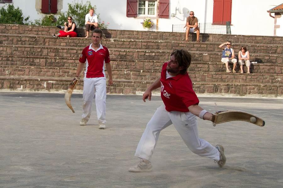 Activités_Pelote basque Chistera