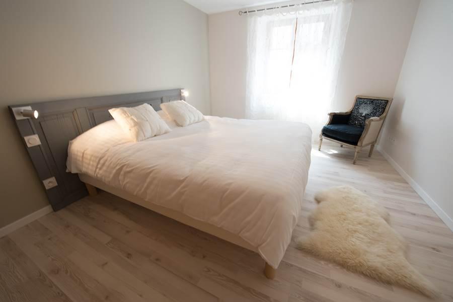 chambre 1  bedroom 1