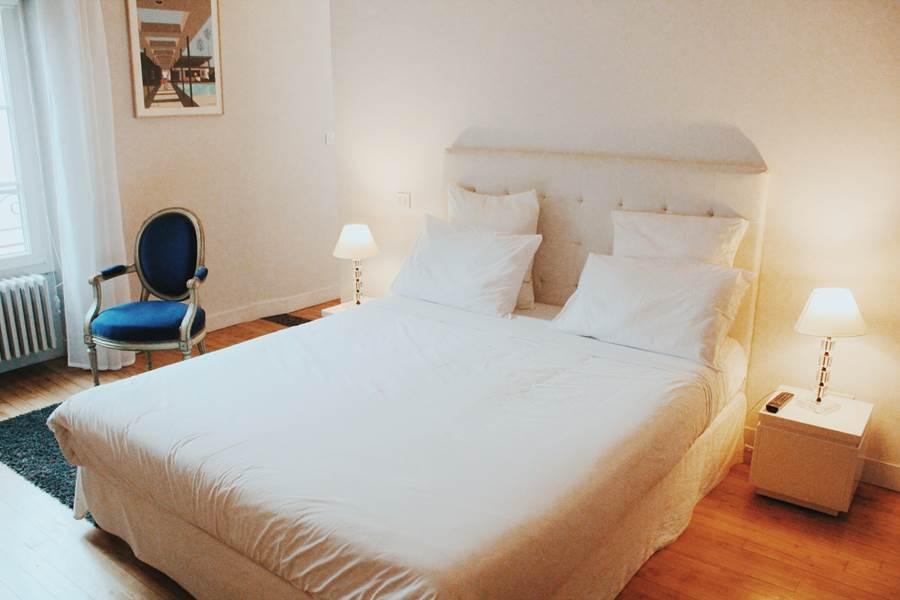 White Room La Maison de Marc Poitiers