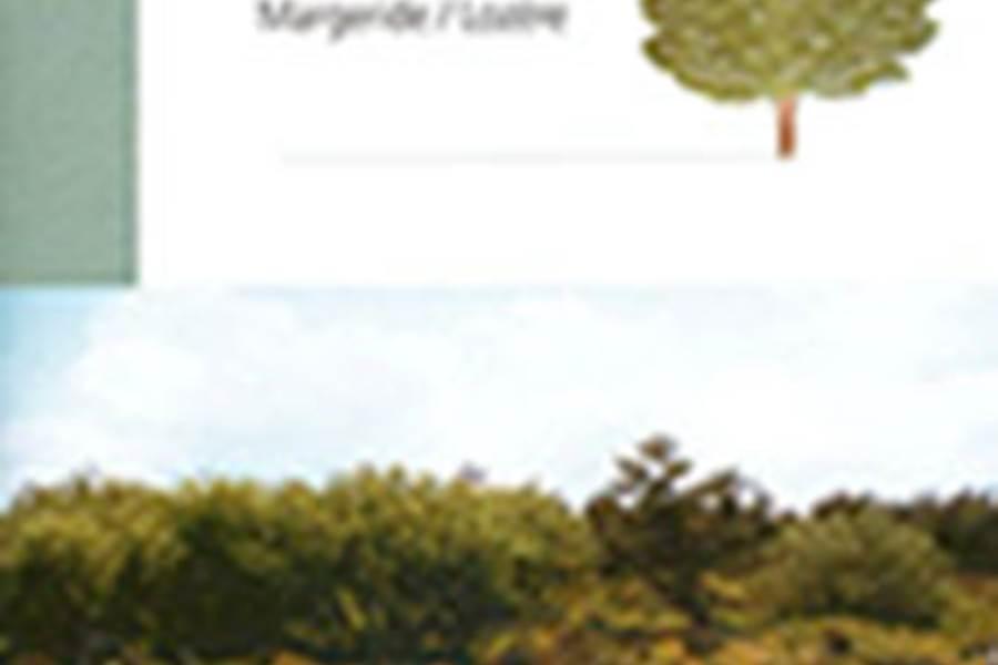 Les Chalets de la Margeride Tourbières de LAJO Sentier découverte