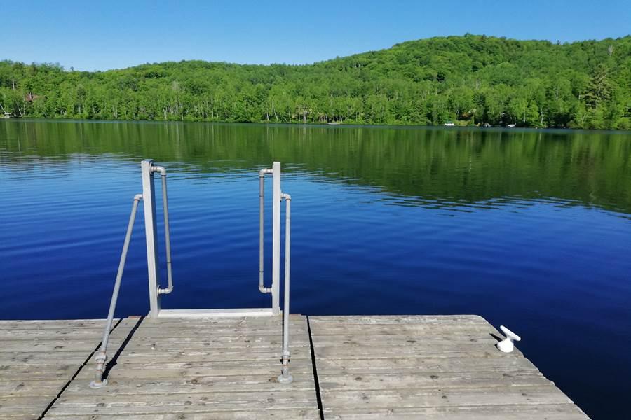 sérénité au bord du lac Thomas...