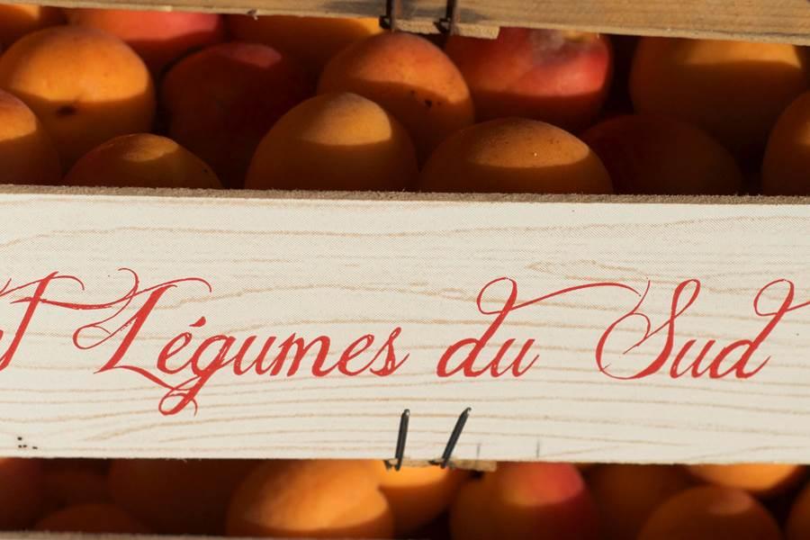 Marché de briveDan COURTICE  Corrèze Tourisme
