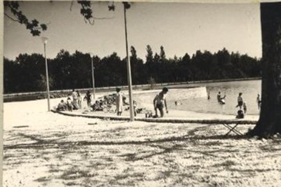 PHOTOS DE L'ETANG BLEU Année 1963