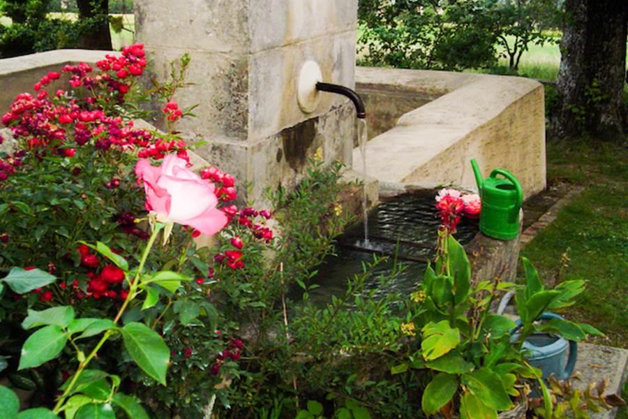 La fontaine de la bastide