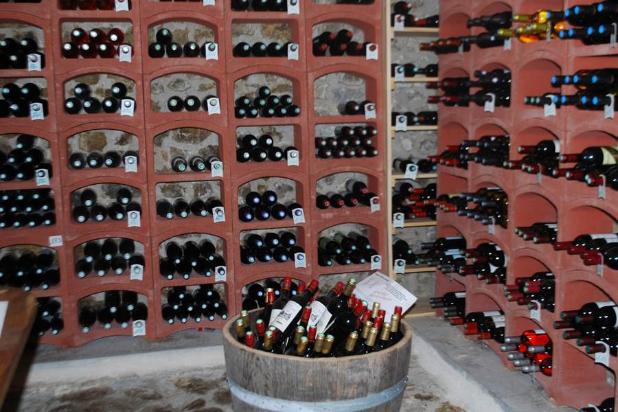 La Cave à vins du Ranch des Lacs Hôtel de Charme Augne
