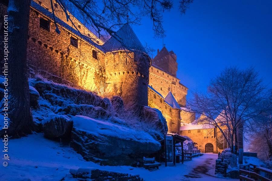 haut-koenigsbourg-illumine-neige-4jan17-3850