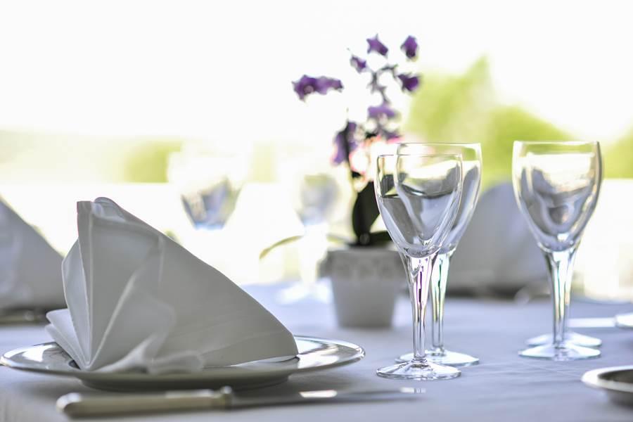 Villa Ric, table gourmande à saint-Céré, vue sur la vallée de la Dordogne