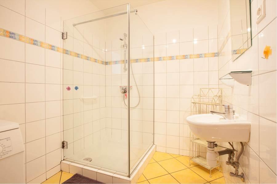salle de bain 1  bathroom 1