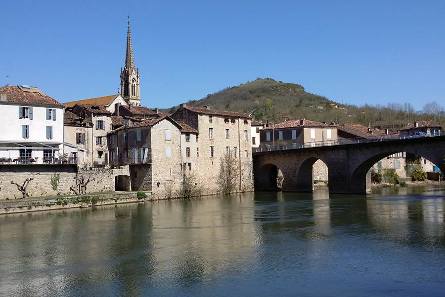 Village Saint Antonin Noble Val