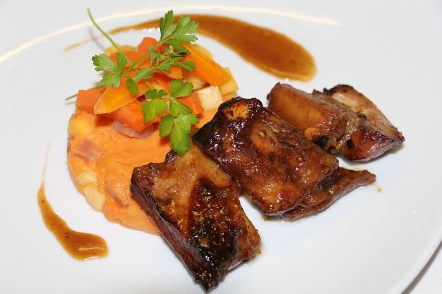 travers de porc facon thai, purée de patate douce