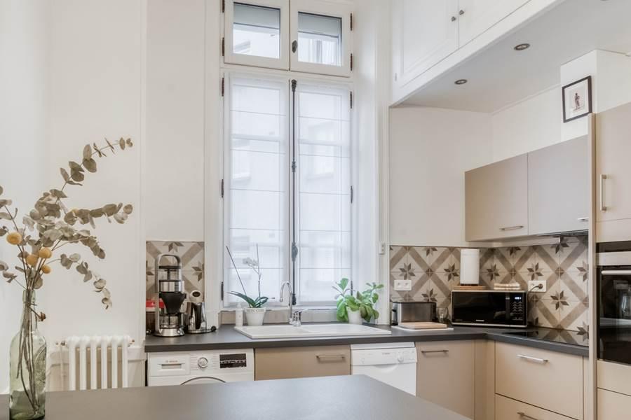 Les Effrontés Louis Blanc - La cuisine