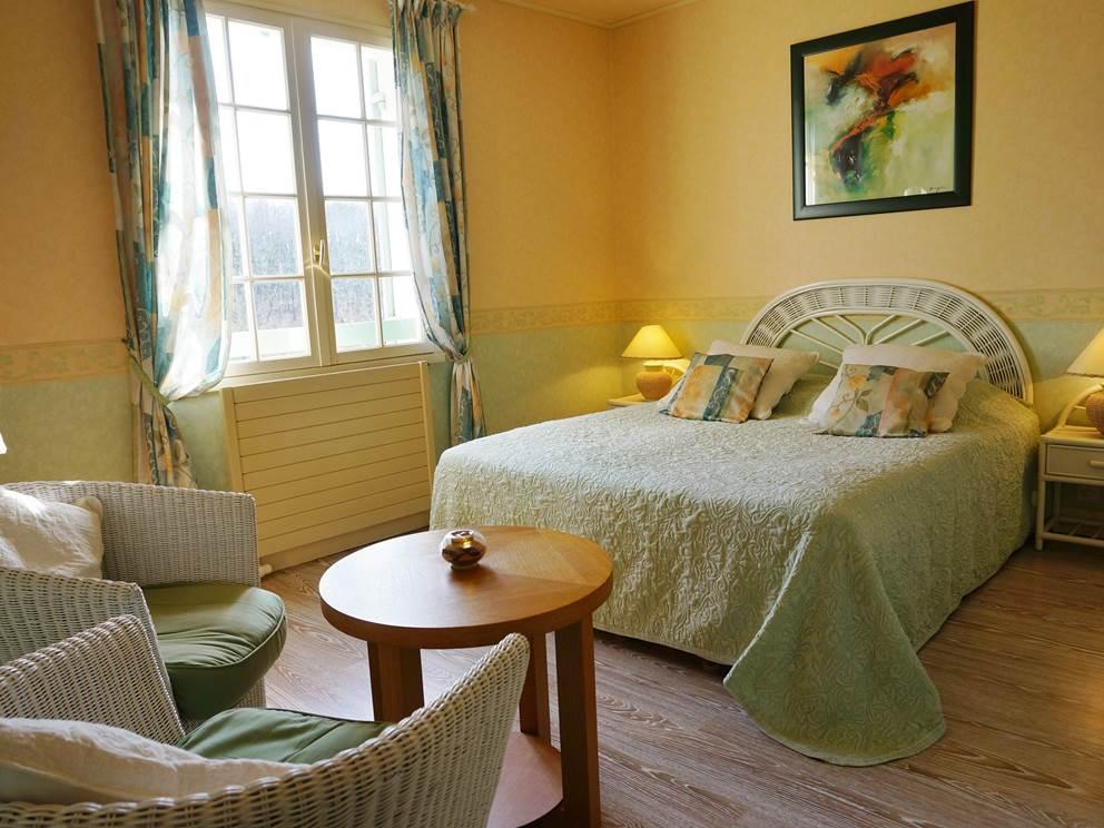 Chambre d'hote La Tour bed and breakfast dordogne perigord Les Feuillantines