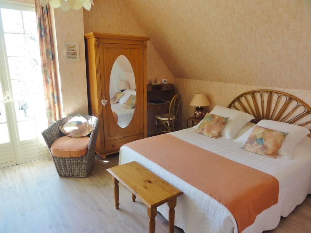 Chambre d'hôtes Soleil couchant Bed and Breakfast Les Feuillantines Saint Cyprien en Dordogne Périgord noir
