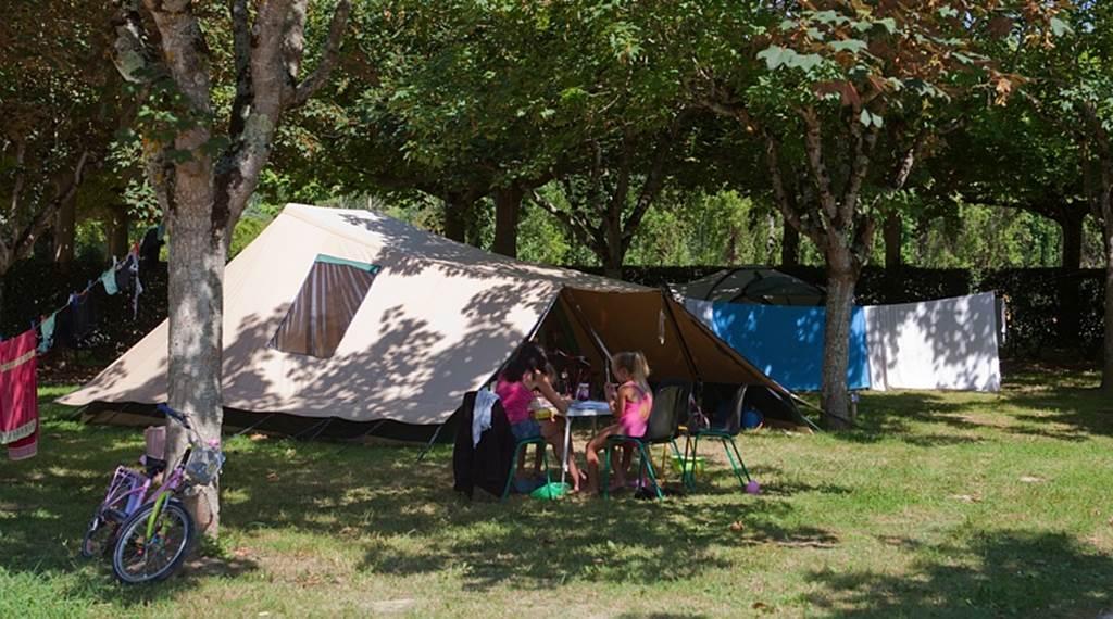 Camping de la base de loisirs du Tarn-et-Garonne