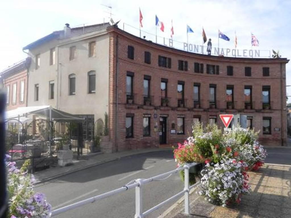 Hôtel Restaurant Spa Le Pont Napoléon